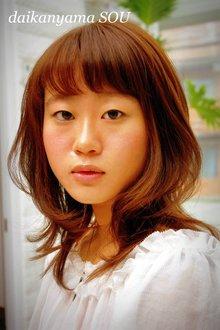 ゆれるミディアムカール|daikanyama SOUのヘアスタイル