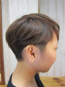隠し刈り上げだけど、と〜ってもキュートでしょ?|トシちゃんの美容室のヘアスタイル