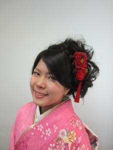 ふわふわカールの、愛されアップ♪ トシちゃんの美容室のヘアスタイル