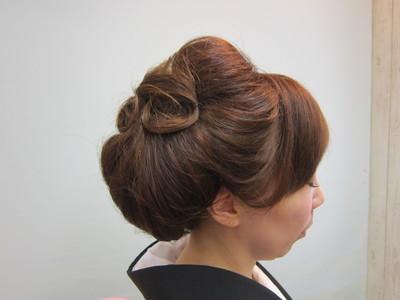 モダンに粋でキュートに。。。|トシちゃんの美容室のヘアスタイル