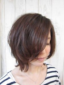 ★トップにボリュームを出したいあなたにピッタリの大人女子のパーマスタイル☆|トシちゃんの美容室のヘアスタイル