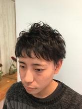 初パーマ☆簡単スタイリングでイメージチェンジ♪|トシちゃんの美容室のヘアスタイル