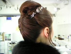 洋装でも和装でも似合うエレガントなアップスタイル|TRANSFORMのヘアスタイル