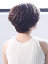 大人レイヤーボブ「コレクト×抜け感」|_TREEのヘアスタイル