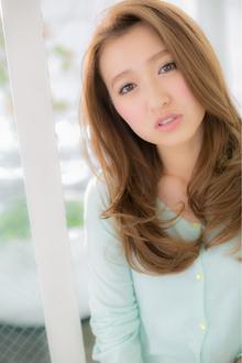 【Euphoria】ふわサラロング|Euphoria【ユーフォリア】 aoyama【アオヤマ】のヘアスタイル