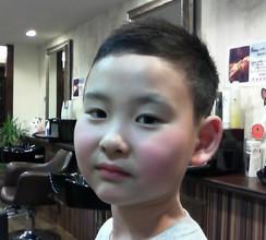 新一年生、甥の直杜くん。スポーツに勉強に頑張れ!!!|Barber UTENAのキッズヘアスタイル