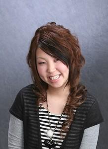 強めのカールが華やか!!|Vogue Hair&Face    のヘアスタイル