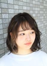 インナーカラーで差を☆動きのあるスタイルに|HAIR MAKE WASHAW 芦屋店のヘアスタイル