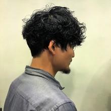 ランダムパーマで大人かっこいい|Y.S.PARK  ROPPONGIのメンズヘアスタイル