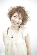 少女から大人の女性への変化をアシメカールで!|Yutaka Hair 真美ケ丘店のヘアスタイル